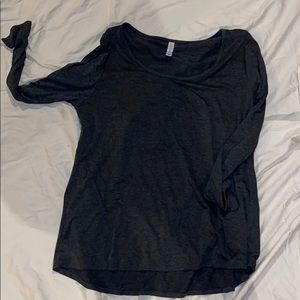Plain grey long sleeve